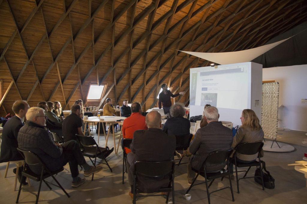 Thibaut Schell présente le Réseau Tétras lors du petit-déjeuner économique du 27 septembre à Meisenthal.